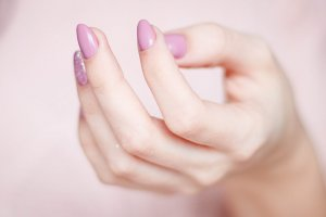 Differences between Gel and Shellac Nails?