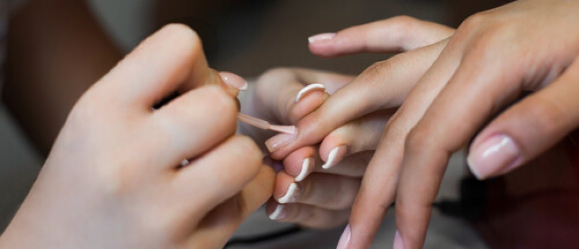 Beauty that lasts – How to lengthen your gel manicure